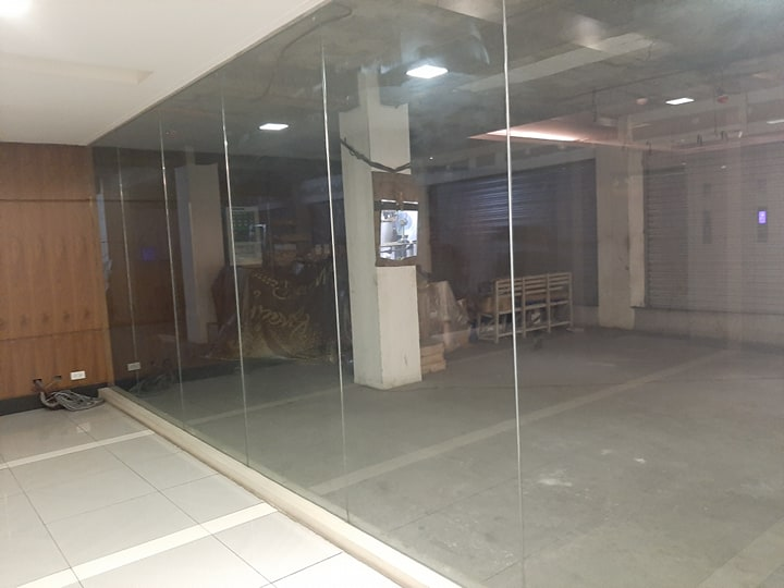 For Lease Ground Floor Commercial Space For Rent Mandaluyong City   Area: 600 sqm Rate: Php 1,000/sqm Cusa: Php 105/sqm  We also supply office equipment and do space Fit-Out and Renovation  We offer a wide range of office options -- bare shell, warm shell, and fully fitted, and seat lease plug and play.   Ideal for BPO Call Centers Ideal for Corporate Head Quarters   Also available office space options in Makati, BGC Taguig, Ortigas, Mandaluyong, Quezon City, Eastwood, San Juan, Alabang and Laguna.  Contact Us E&G OFFICE SPACE EXPRESS  Globe +63917 821 0514 +63905 332 3224  Smart / Sun +63932 855 6251  Phone +632 8209 5506   #GroundFloorCommercialOfficeSpaceForRentLeaseMandaluyongCity  #BPOOfficeSpaceMandaluyongCity  #CallCenterOfficeSpaceForRentLeasemandaluyongCity